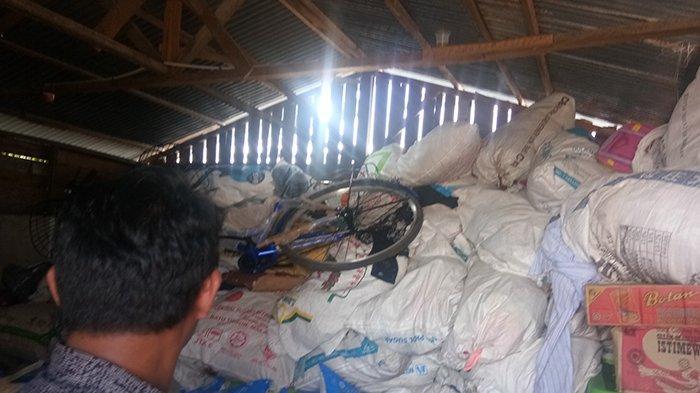 Didominasi Pakaian Bekas,Polair Polres Bengkalis Riau Terima Pelimpahan BB dari Polair Mabes Polri
