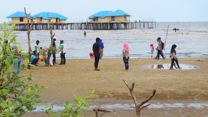 Wisata di Riau-23 Wisata Pantai Nan Indah Ada di Kecamatan Bantan, Kabupaten Bengkalis