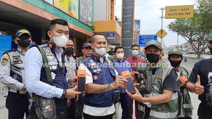 Hari Ini Diterapkan, Begini Cara Bayar Parkir Nontunai di Pekanbaru