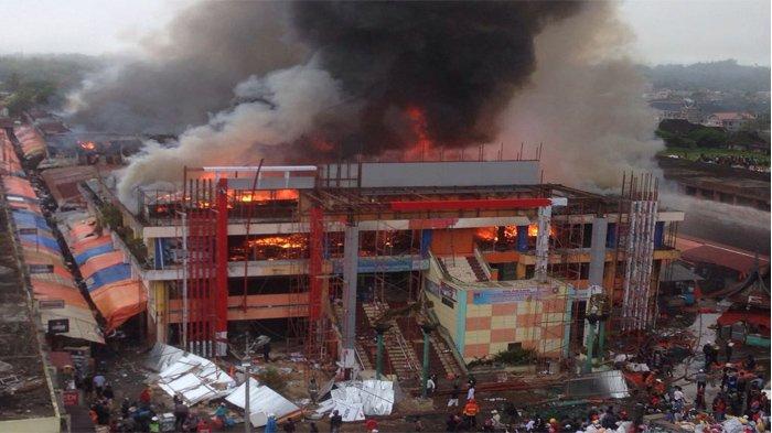 Wakil Gubernur Sumbar dan Walikota Padang Tinjau Pasar Atas Bukittinggi yang Terbakar