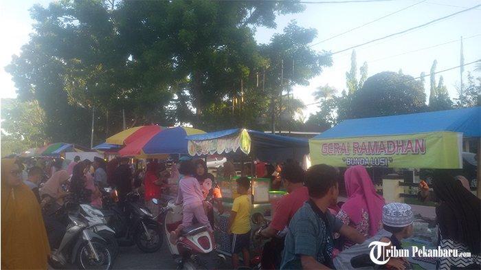 Pasar Ramadhan di Kuansing Riau Kembali Dipusatkan di Taman Jalur