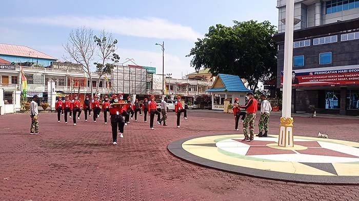 Detik-detik Kemerdekaan Ditiadakan,Paskibra Bengkalis Kibar Bendera di Kantor Bupati, Padahal. . .