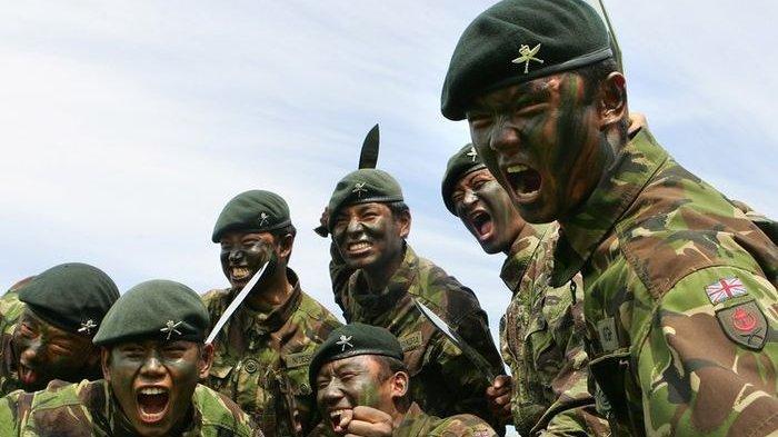 Sejumlah Anggota ISIS Di Suriah Keder Usai Digertak 4 Tentara Gurkha yang Mengacungkan Pisau Kukri