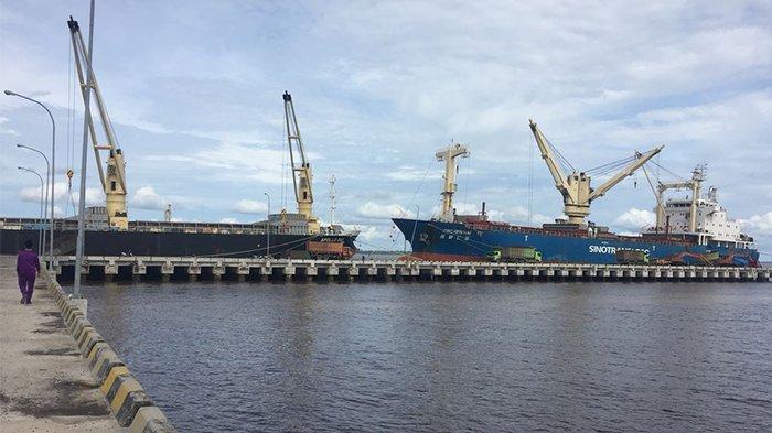 Pelabuhan Tanjung Buton Sepi Karena Kepulauan Meranti Tutup Pintu Masuk