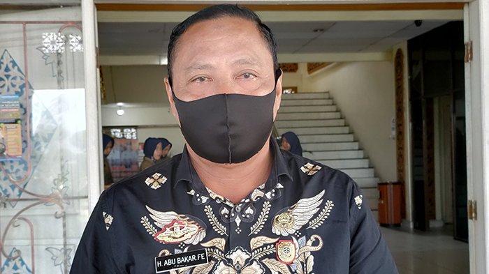Kepala Satpol PP dan Damkar Pelalawan, Abu Bakar FE, yang ditunjuk sebagai Pelaksana tugas Kepala BPBD.