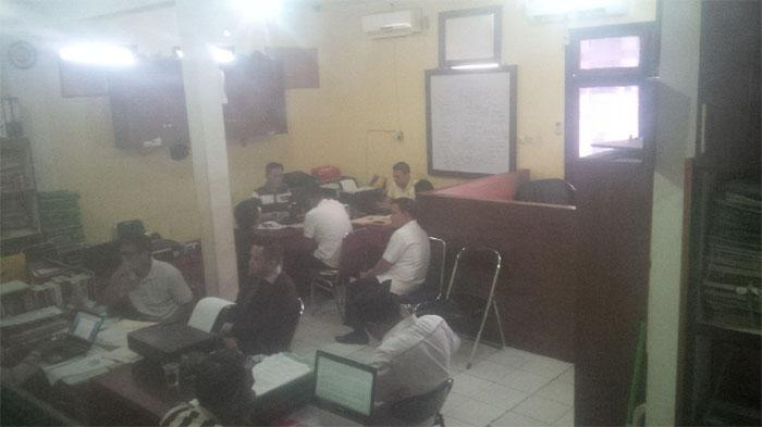 Karo Humas Setdaprov Riau dan Dua Oknum Protokoler Jalani Pemeriksaan di Polresta Pekanbaru