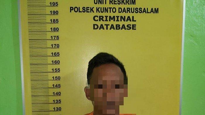 Pelaku inisial SR (21) yang telah menikam temannya karena meniduri sang istri.