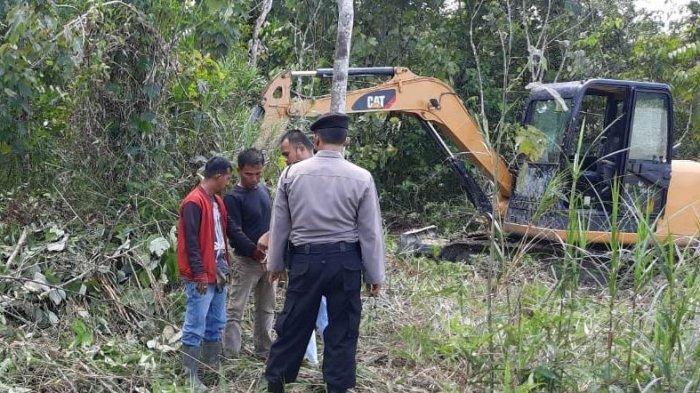 Pelaku Tertangkap Basah Sedang Menggali, Polres Kuansing Amankan 1 Alat Berat Terkait Aktifitas PETI