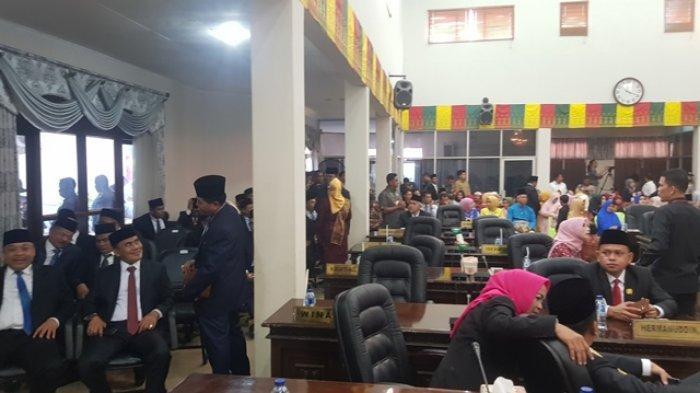 Baru Dua Parpol Serahkan Rekomendasi Ketua dan Pimpinan Fraksi DPRD Rohul Riau