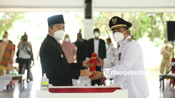 FOTO : Pelantikan Chairul Riski sebagai Pj Bupati Inhu, Gubernur Riau Ingatkan Hal Ini