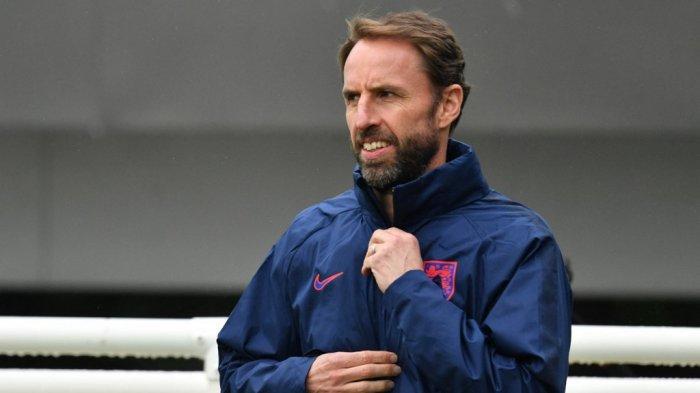 Inggris vs Ukraina Euro 2020, Inggris Coba Main Aman dengan Empat Bek