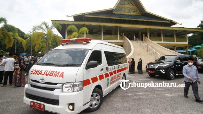 FOTO : Jenazah  Almarhum Datuk Seri Al Azhar Saat Dilepas di LAM Riau - pelepasan-jenazah-al-azhar3.jpg