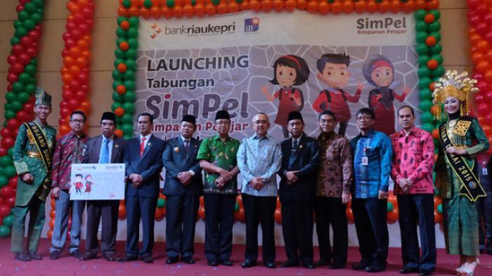 Bank Riau Kepri Cabang Air Molek Jalankan Program Simpel