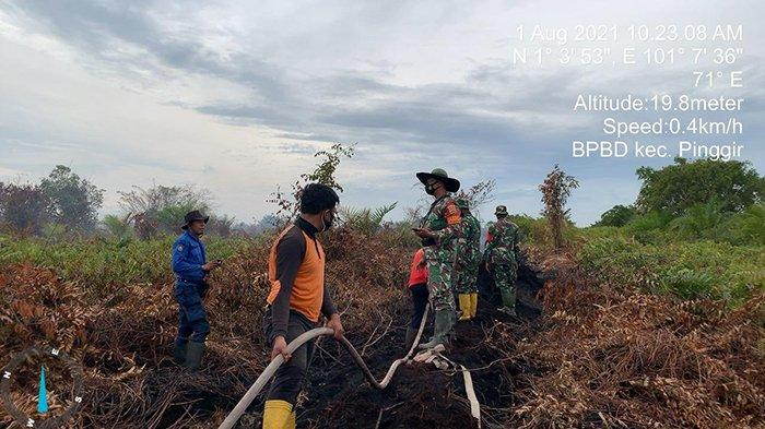 Jerih Payah Petugas Pemadaman Karhutla di Bengkalis Belum Tuai Hasil, Sudah 4 Hari Berada di Lokasi