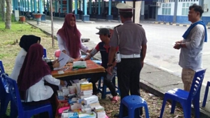 Petugas Gabungan Periksa Kesehatan Sopir dan Kelayakan Angkutan Lebaran di Dumai