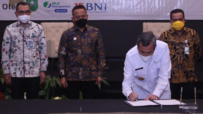 Pemprov Riau dan Gapki Riau Dukung Wujudkan 1.000 Rumah Bagi Buruh Perkebunan Kepala Sawit di Riau