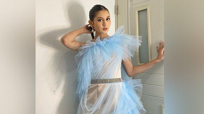 Intip Pesona Zoe Jackson, Bintang Buku Harian Seorang Istri, Cantik dan Memukau Banget! - penampilan-full-glam-zoe-jackson.jpg