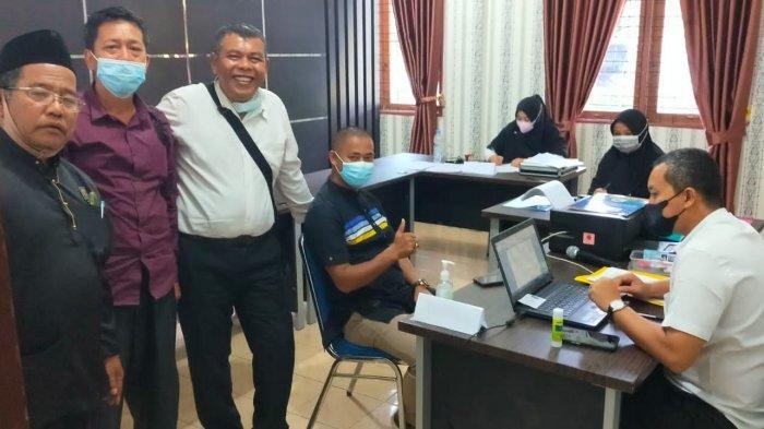 Pendaftaran Pilkades Serentak Pelalawan, Seratusan Bakal Calon Kades Sibuk Urus Syarat