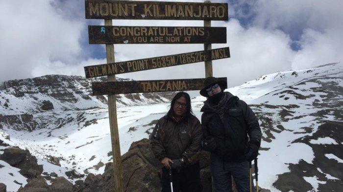 Sukses Taklukkan Puncak Kilimanjaro di Afrika, Pendaki Riau Nyari Nasi Padang Saat Tiba di Tanah Air