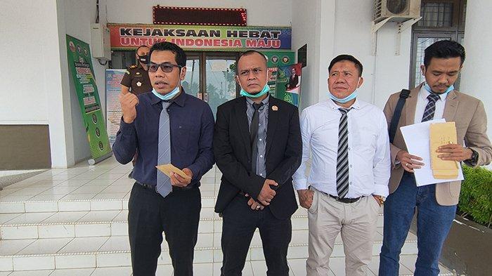 Penangguhan Penahanan Diajukan Pengacara Tersangka AF, Mantan Pejabat BUMD Tuah Sekata Ditahan