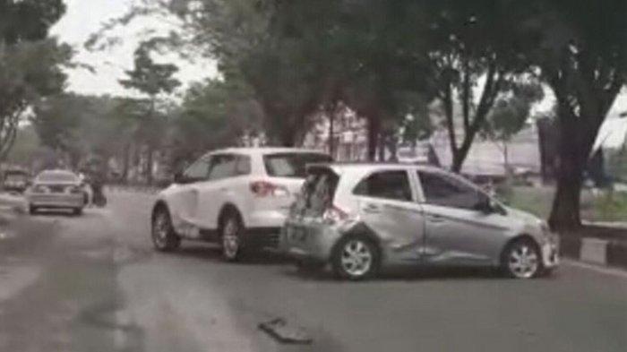 Terkait Kecelakaan di Jalan Arifin Ahmad Pekanbaru, Mazda Sengaja Tabrak Honda Brio, Ini Kata Polisi