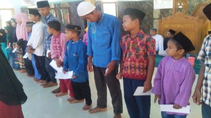 Pengurus PKK Desa Muntai Bagikan Santunan Anak Yatim Bersama Yayasan Asiyah Berbagi