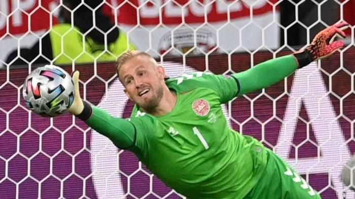 Profil Kasper Schmeichel, Kiper Denmark yang Blok Penalti Harry Kane Meski Wajahnya Ditembak Laser