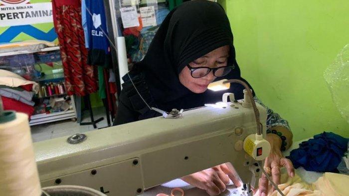Pertamina Berdayakan Penjahit Binaan, Produksi Masker Kain Non Medis untuk Masyarakat Dumai