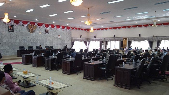 Anggota Dewan yang Hadir Tak Penuhi Kuota, Paripurna Pengambilan Keputusan DPRD Inhu Ditunda