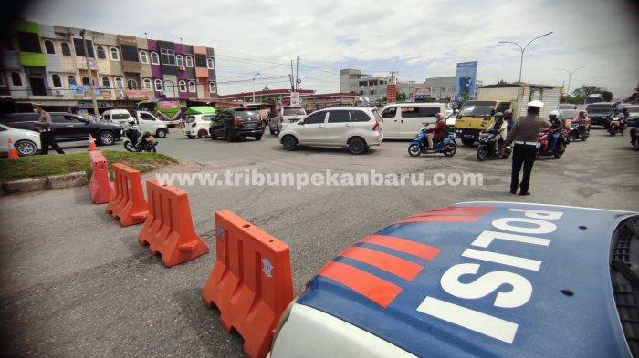 PPKM Level 4 Di Pekanbaru Dimulai Hari Ini, Berikut Ruas Jalan Yang Disekat Petugas