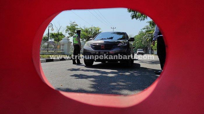 Foto : Ada 25 Titik Kawasan yang Disekat di Kota Pekanbaru