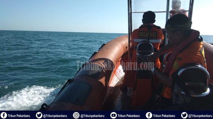 BREAKING NEWS: Kapal TKI Ilegal Karam di Perairan Riau, 10 Korban Selamat, 10 Korban dalam Pencarian