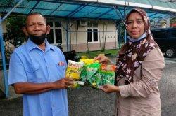 Bagikan Benih Terong, Cabe hingga Semangka,Dinas Pertanian Bengkalis Salurkan Bantuan dari Kementan