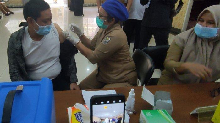 Penyuntikan Sesudah Berbuka Puasa, Diskes Pelalawan Tetap Jalankan Vaksinasi Covid-19 Saat Ramadhan