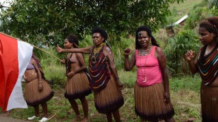 Pendeta Pun Tak Lagi Dianggap Di Puncak Papua: Kampung Kami Sudah Hitam