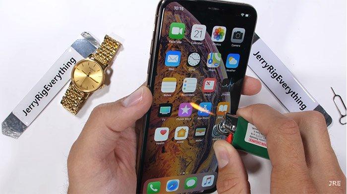 permukaan-layar-iphone-xs-max_20180923_024507.jpg