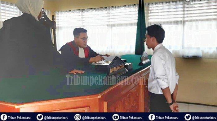 Pertama Kali Terjadi di Riau, Pemilik Warung Miras Didenda Rp 500 Ribu Vonis Pengadilan Ini Sebabnya