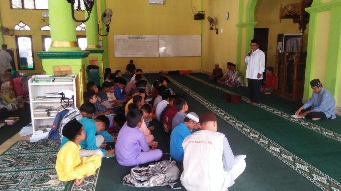 Peserta Tak Dipungut Biaya, Lazismu Gelar Pesantren Kilat di Tiga Masjid