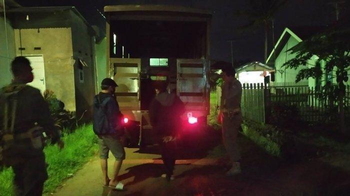 Bawa Wanita ke Rumah, Warga Curiga, Duda di Padang Digerebek Malam Hari, Ngaku Bantu Bersihkan Rumah