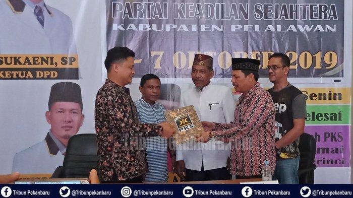 Pilkada Riau 2020, PENGACARA Ini Berminat, Bidik Posisi Calon Wakil Bupati di Pilkada Pelalawan 2020