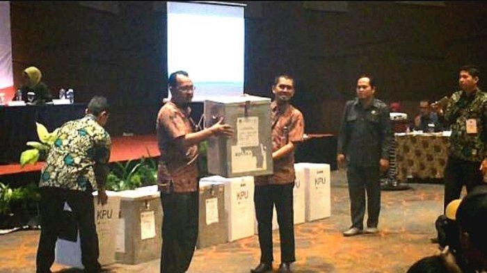 KPU Pekanbaru Plenokan Hasil Pilgub Riau, Syamsuar-Edy NasutionRaih 45 Persen Suara