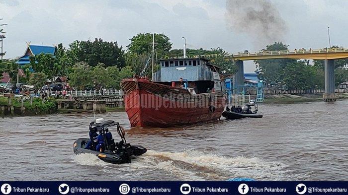 Polisi di Riau Lumpuhkan Perompak Bersenjata, Aksi Penyergapan Ditpolairud Bak Adegan Film Action