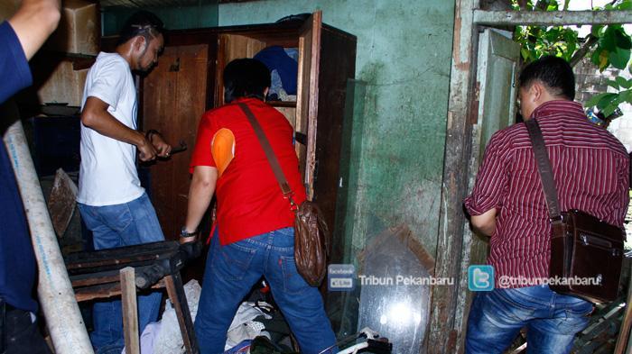 Malam-malam, Ayah di Ciputat Dikeroyok Tetangga dan Keluarga, Kepergok Gagahi Anaknya