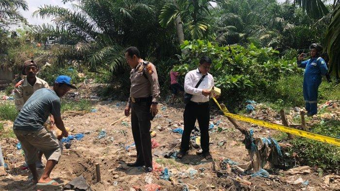 Mayat Bayi yang Ditemukan di Sungai Pudu Kecamatan Mandau Dibungkus Karung Plastik