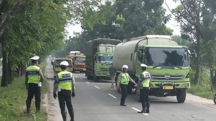 Dishub Pelalawan Minta Ratusan Mobil Perusahaan Non BM Mutasi, Anggota DPRD Faizal Bilang Begini