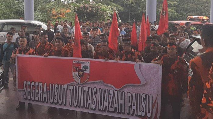 PP Kuansing Riaudan Mahasiswa Demo Soal Dugaan Ijazah Palsu Pejabat, Jubir:Kami Malu