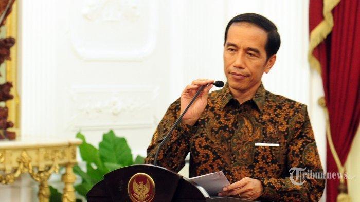 Bagikan Sertifikat Tanah, Pesan Jokowi, Warga Boleh 'Sekolahkan' Sertifikat Untuk Modal Usaha