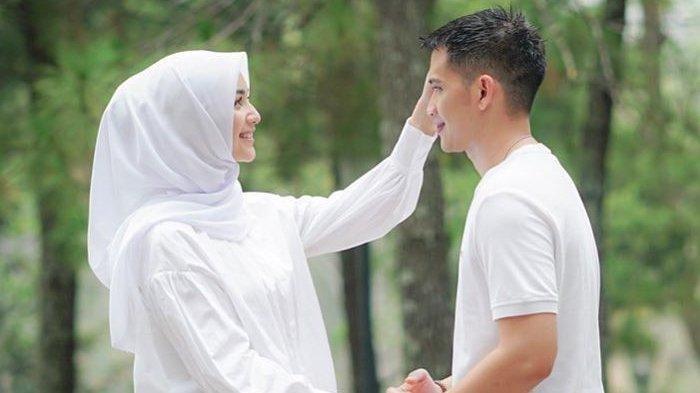 Nasib Pernikahan Rezky Aditya & Citra Kirana Dibongkar Ahli Tarot, Kartu The Star Keluar, Artinya?