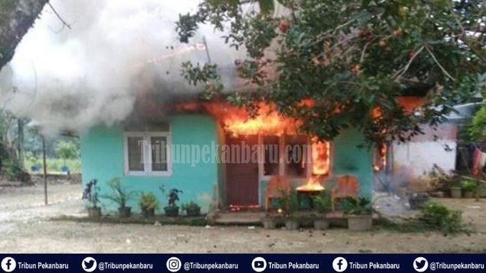 Pria 35 Tahun Terbakar di Dalam rumah kakaknya di Kampar Riau, Penyebab Kebakaran Masih Diselidiki
