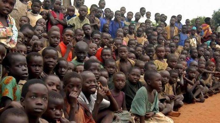 Pria ini Jumlah Anaknya Ratusan, Tapi Masih Gemar Koleksi Perempuan, Punya 13 Istri dan 10 Pacar